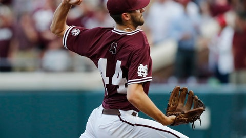 <p>               Mississippi State's Ethan Small (44) pitches against Stanford during the first inning in Game 1 at the NCAA college baseball super regional tournament in Starkville, Miss., Saturday, June 8, 2019. (AP Photo/Rogelio V. Solis)             </p>