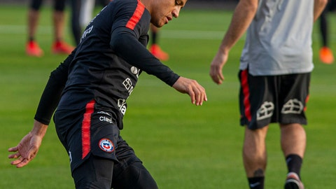 <p>               Chile's Alexis Sanchez controls a soccer ball during a training session in Santiago, Chile, Monday, June 3, 2019, ahead of the Copa America in neighboring Brazil. (AP Photo/Esteban Felix)             </p>