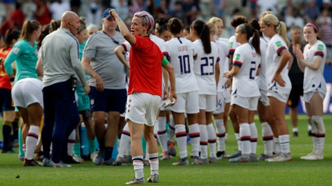 <p>               United States'Megan Rapinoe, front, celebrates at the end of the Women's World Cup round of 16 soccer match between Spain and US at the Stade Auguste-Delaune in Reims, France, Monday, June 24, 2019. US beat Spain 2-1. (AP Photo/Alessandra Tarantino)             </p>