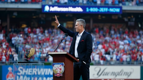 <p>               Former Philadelphia Phillies player Chase Utley acknowledges the crowd during a retirement ceremony before a baseball game between the Philadelphia Phillies and the Miami Marlins, Friday, June 21, 2019, in Philadelphia. (AP Photo/Matt Slocum)             </p>