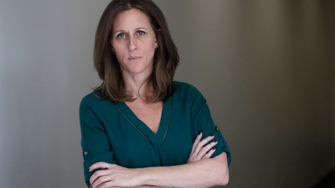 """<p>               Kim Goldman poses for a portrait Friday, June 7, 2019, in Los Angeles. Goldman has continued to make the case publicly that it was O.J. Simpson who killed her brother and Simpson's ex-wife on a June night in 1994. Beginning Wednesday, Goldman will examine the case in a 10-episode podcast, """"Confronting: OJ Simpson."""" She'll interview her brother's old friends, the police detective who investigated the killings, attorneys for the defense and prosecution, and two of the 12 jurors who voted to acquit Simpson. (AP Photo/Marcio Jose Sanchez)             </p>"""