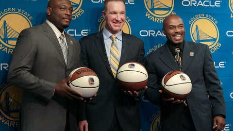 <p>               FILE - In this March 19, 2012, file photo, former Golden State Warriors players, from left, Mitch Richmond, Chris Mullin and Tim Hardaway pose after a news conference before an NBA basketball game between the Warriors and the Minnesota Timberwolves, in Oakland, Calif. Chris Mullin and Tim Hardaway spent two seasons as teammates at Oracle Arena, back when it was called the Oakland–Alameda County Coliseum Arena. The nostalgia is flooding back this week. The Warriors move across the bay from Oakland to San Francisco next season and start playing their games at the glistening new Chase Center, a building that will open in about three months. (AP Photo/Jeff Chiu, File)             </p>