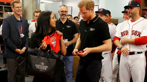 <p>               Britain's Prince Harry and Meghan, Duchess of Sussex meet Boston Red Sox players before a match against the New York Yankees in London, Saturday June 29, 2019. (Peter Nicholls/Pool via AP)             </p>