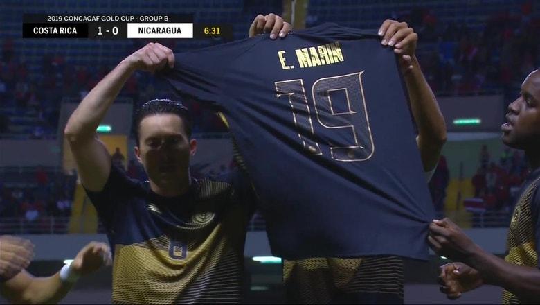 Costa Rica opens scoring, honors legend Edgar Marín in goal celebration