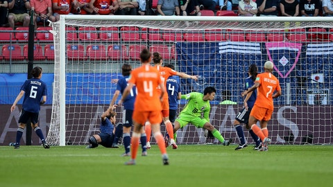 RENNES, FRANCE - JUNE 25: Lieke Martens of the Netherlands scores a goal to make it 1-0 during the 2019 FIFA Women's World Cup France Round Of 16 match between Netherlands and Japan at Roazhon Park on June 25, 2019 in Rennes, France. (Photo by Molly Darlington - AMA/Getty Images)