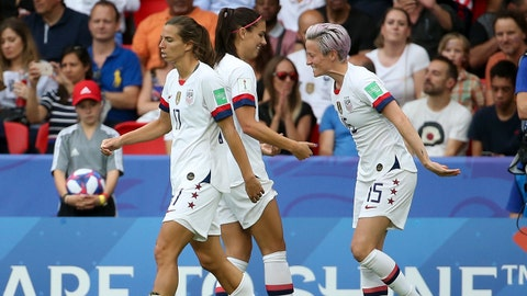 PARIS, FRANCE - JUNE 28: Megan Rapinoe of USA celebrates her goal with Alex Morgan during the 2019 FIFA Women's World Cup France Quarter Final match between France and USA at Parc des Princes stadium on June 28, 2019 in Paris, France. (Photo by Jean Catuffe/Getty Images)