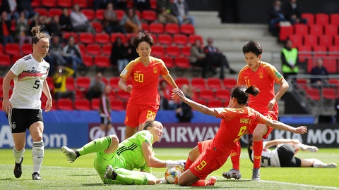 RENNES, FRANCE - JUNE 08: Almuth Schult of Germany and Li Yang of China reach for the ball during the 2019 FIFA Women's World Cup France group B match between Germany and China PR at Roazhon Park on June 08, 2019 in Rennes, France. (Photo by Richard Heathcote/Getty Images)