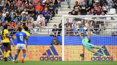 REIMS, FRANCE - JUNE 14: Sydney Scheider of Jamaica fails to save as Aurora Galli of Italy scores her team's fourth goal during the 2019 FIFA Women's World Cup France group C match between Jamaica and Italy at Stade Auguste Delaune on June 14, 2019 in Reims, France. (Photo by Alex Caparros - FIFA/FIFA via Getty Images)