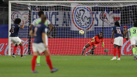 RENNES, FRANCE - JUNE 17: Wendie Renard of France scores a penalty for her team's first goal during the 2019 FIFA Women's World Cup France group A match between Nigeria and France at Roazhon Park on June 17, 2019 in Rennes, France. (Photo by Richard Heathcote/Getty Images)