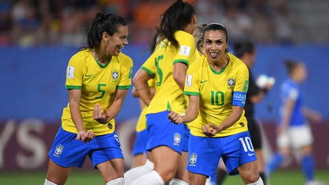 VALENCIENNES, FRANCE - JUNE 18: Marta of Brazil celebrates after scoring her team's first goal during the 2019 FIFA Women's World Cup France group C match between Italy and Brazil at Stade du Hainaut on June 18, 2019 in Valenciennes, France. (Photo by Alex Caparros - FIFA/FIFA via Getty Images)