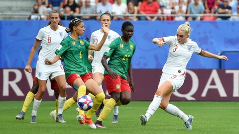 VALENCIENNES, FRANCE - JUNE 23: Alex Greenwood of England scores her team's third goal during the 2019 FIFA Women's World Cup France Round Of 16 match between England and Cameroon at Stade du Hainaut on June 23, 2019 in Valenciennes, France. (Photo by Alex Caparros - FIFA/FIFA via Getty Images)