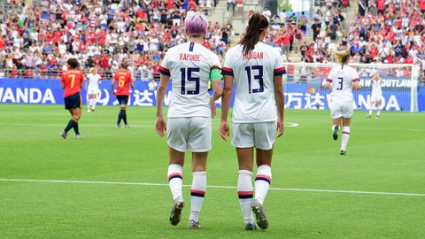 REIMS, FRANCE - JUNE 24: (L-R) Megan Rapinoe and Alex Morgan during the 2019 FIFA Women's World Cup France Round Of 16 match between Spain and USA at Stade Auguste Delaune on June 24, 2019 in Reims, France. (Photo by Pier Marco Tacca/Getty Images)