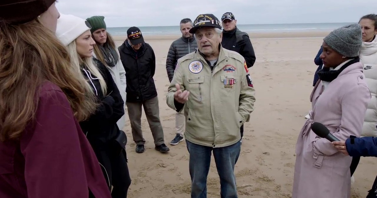 USWNT visits Omaha Beach with WWII veterans