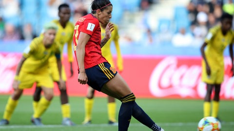 <p>               Spain's Jennifer Hermoso, center, on her way to scoring her teams first goal, on a penalty shot, during the Women's World Cup Group B soccer match between Spain and South Africa at the Stade Oceane in Le Havre, France, Saturday, June 8, 2019. (AP Photo/Francisco Seco)             </p>