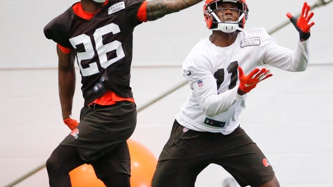 <p>               Cleveland Browns cornerback Greedy Williams (26) defends against Antonio Callaway (11) during practice at the team's NFL football training facility in Berea, Ohio, Thursday, June 6, 2019. (AP Photo/Ron Schwane)             </p>