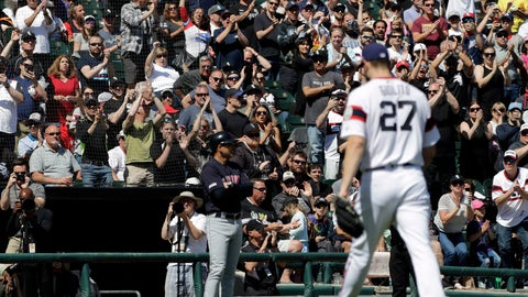 <p>               Chicago White Sox fans cheer for starting pitcher Lucas Giolito as he leaves the eighth inning of a baseball game against the Cleveland Indians in Chicago, Sunday, June 2, 2019. (AP Photo/Nam Y. Huh)             </p>