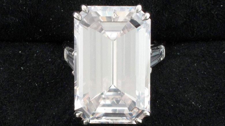 Drew Brees, wife suing jeweler over value of diamonds