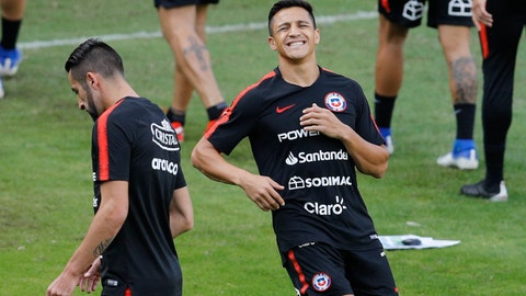 <p>               Chile's Alexis Sanchez grimaces during a training session in Sao Paulo, Brazil, Wednesday, June 26, 2019. Chile will face Colombia on June 28 for the quarterfinals for the Copa America. (AP Photo/Victor R. Caivano)             </p>