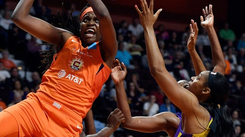 <p>               Connecticut Sun center Jonquel Jones pulls down an offensive rebound next to Los Angeles Sparks forward Ashely Walker, right, during a WNBA basketball game Thursday, June 6, 2019, in Uncasville, Conn. (Sean D. Elliot/The Day via AP)             </p>