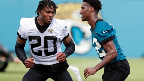 <p>               Jacksonville Jaguars cornerback Jalen Ramsey (20) performs a drill with wide receiver Dede Westbrook, right, during an NFL football practice, Tuesday, June 11, 2019, in Jacksonville, Fla. (AP Photo/John Raoux)             </p>
