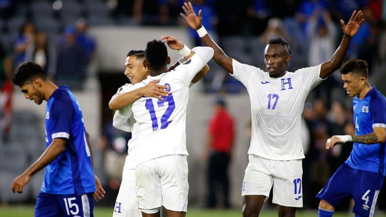 FOX Soccer Tonight: Highlights from Honduras 4-0 upset victory over El Salvador