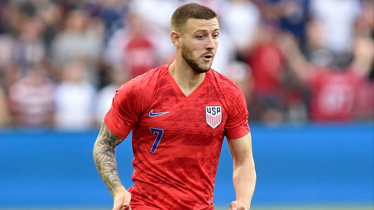 Paul Arriola gives USMNT the lead vs  Guyana | 2019 CONCACAF Gold Cup  Highlights