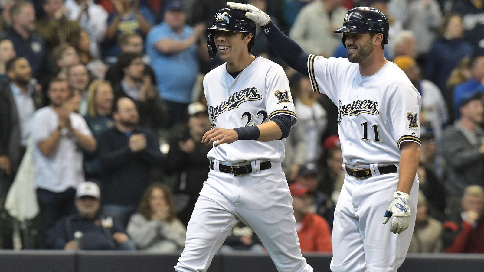 best loved 02a85 1c537 Brewers' Yelich, Moustakas rank second in NL All-Star ballot ...