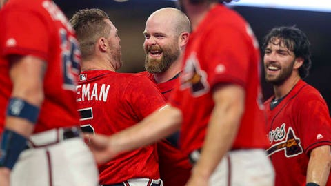 3. Markakis, McCann's milestones put Braves in familiar position