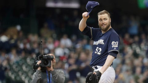 Jimmy Nelson, Brewers pitcher (⬇ DOWN)