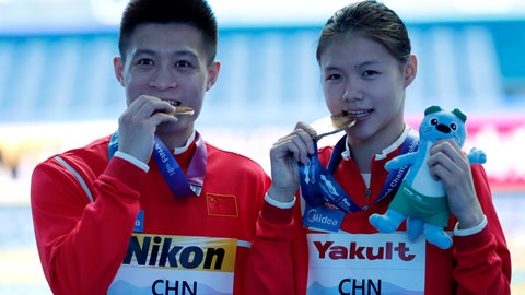<p>               China's Lin Shan and Yang Jian pose with their gold medal after winning mixed team event diving final at the World Swimming Championships in Gwangju, South Korea, Tuesday, July 16, 2019. (AP Photo/Lee Jin-man )             </p>