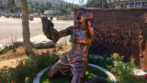 <p>               A statue capturing Brandi Chastain's iconic reaction to scoring the U.S. team's winning goal in the 1999 Women's World Cup, is shown after being unveiled outside the Rose Bowl in Pasadena, Calif., Wednesday, July 10, 2019. The 20th anniversary of the historic win coincided with celebrations in New York for this year's World Cup soccer championship team. (AP Photo/John Antczak)             </p>