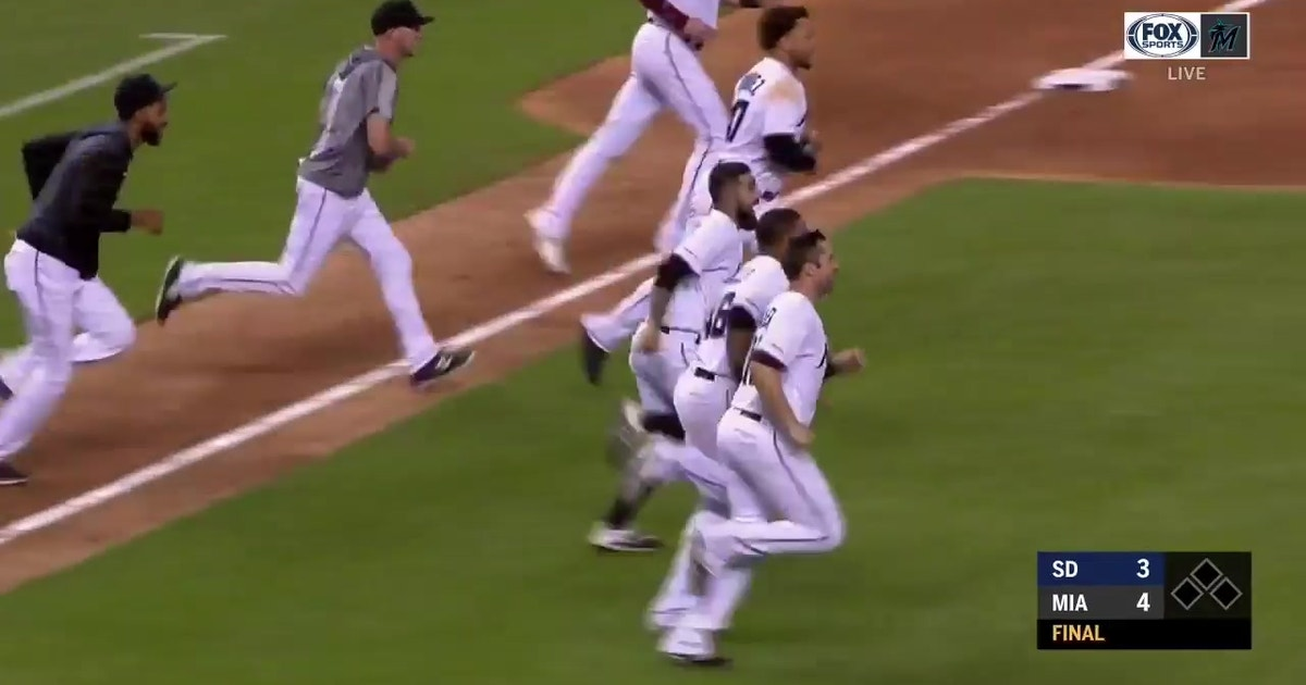 WALK-OFF: Brian Anderson comes up clutch to lift Marlins past Padres