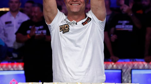 <p>               Hossein Ensan, of Germany, poses with the bracelet after winning the World Series of Poker main event, Wednesday, July 17, 2019, in Las Vegas. (AP Photo/John Locher)             </p>