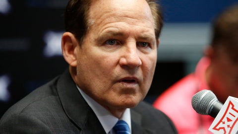 <p>               Kansas coach Les Miles speaks to the media on the first day of Big 12 NCAA college football media days Monday, July 15, 2019, at AT&T Stadium in Arlington, Texas. (AP Photo/David Kent)             </p>