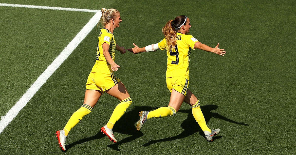 Sweden take an early lead on Kosovare Asllani's stinging goal   2019 FIFA Women's World Cup™