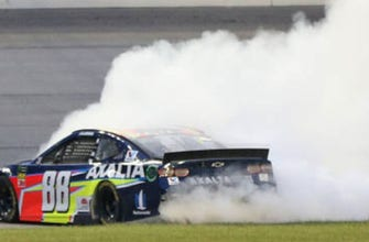 FINAL LAPS: Relive Alex Bowman's first career victory after tough battle with Larson