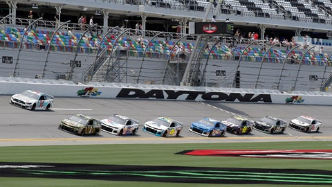 <p>               Matt Tifft (36), Kurt Busch (1) and Alex Bowman (88) lead a pack though the front stretch during a NASCAR auto race practice at Daytona International Speedway, Thursday, July 4, 2019, in Daytona Beach, Fla. (AP Photo/John Raoux)             </p>
