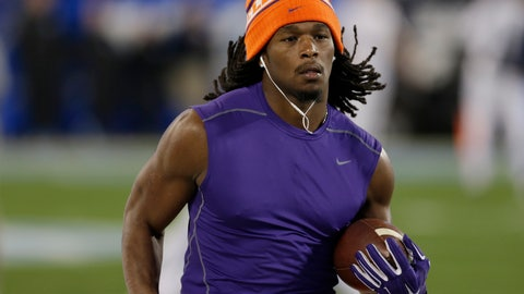 <p>               FILE - In this Dec. 5, 2015, file photo, Clemson's Tyshon Dye warms up prior to the Atlantic Coast Conference championship NCAA college football game against North Carolina in Charlotte, N.C. Former Clemson and East Carolina running back Tyshon Dye drowned Friday, July 5, 2019 after swimming in a lake during a family outing. (AP Photo/Bob Leverone, File)             </p>