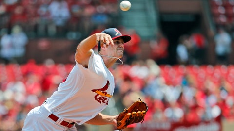 Astros hit 3 homers, beat Cards 6-2