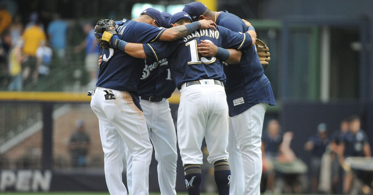 Milwaukee Brewers hang on, top Atlanta Braves 5-4