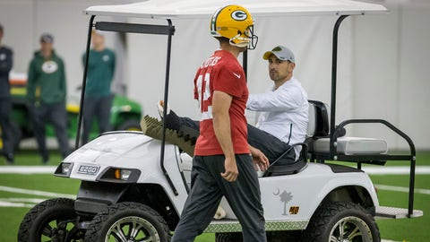 Aaron Rodgers and Matt LaFleur being on the same page (↓ DOWN)