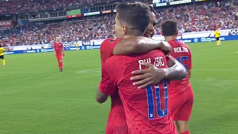 Christian Pulisic  makes it 3-1 vs. Jamaica | 2019 CONCACAF Gold Cup Highlights
