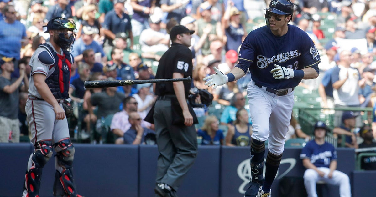 WATCH: Brewers' Yelich goes opposite field for 34th home run
