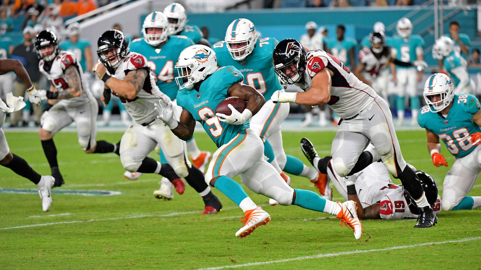 Dolphins Rb Mark Walton Sentenced To 6 Months Probation For