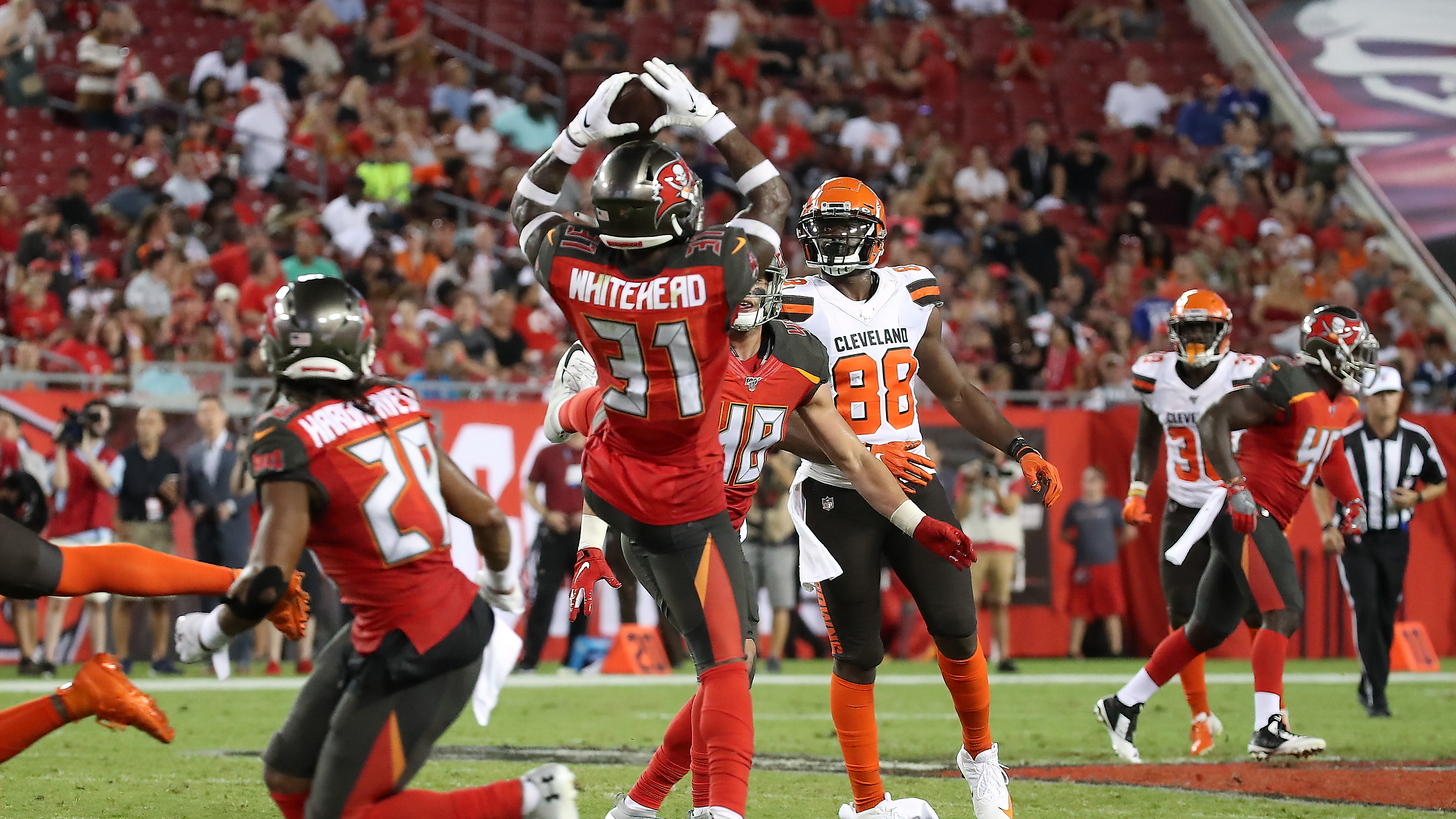 91d136df Tampa Bay Buccnaeers 13, Cleveland Browns 12