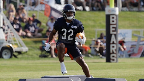 <p>               Chicago Bears running back David Montgomery works on the field during an NFL football training camp in Bourbonnais, Ill., Saturday, July 27, 2019. (AP Photo/Nam Y. Huh)             </p>