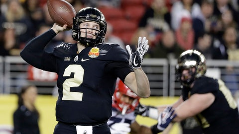 <p>               FILE - In this Dec. 27, 2017 file photo, Purdue quarterback Elijah Sindelar, left, throws against Arizona during the first half of the Foster Farms Bowl NCAA college football game in Santa Clara, Calif. Sindelar sees a whole new world of opportunities opening up this fall. The annual competition he waged against David Blough is finally over, his problematic left knee finally seems healthy and his class load finally is a little lighter now that he has an engineering degree. (AP Photo/Marcio Jose Sanchez, File)             </p>