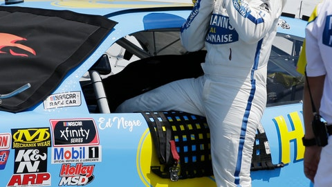 <p>               Dale Earnhardt Jr gets in his car before qualifying for the NASCAR Xfinity Series auto race at Darlington Raceway on Saturday, Aug. 31, 2019, in Darlington, S.C.. (AP Photo/Terry Renna)             </p>