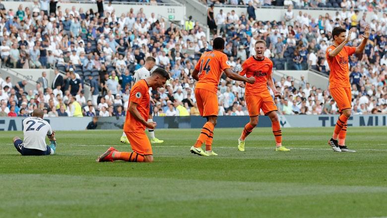 Newcastle beats Tottenham 1-0 for Bruce's first success