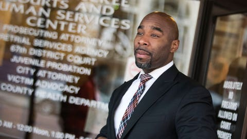 <p>               FILE - In this Dec. 5, 2016, file photo, Mateen Cleaves walks out of the district court at Genesee District Court in Flint, Mich. Former Michigan State University basketball star Cleaves is standing trial on sexual assault charges in his Michigan hometown. Opening statements began Thursday, Aug. 8, 2019, in Genesee County Circuit Court in Flint, where Cleaves is charged with criminal sexual conduct, assault with intent to commit criminal sexual conduct and unlawful imprisonment. He's accused of assaulting a 24-year-old woman after a charity golf event and a visit to a Flint-area bar in 2015. A district judge dismissed the charges in 2016, but a circuit court reinstated them on appeal. (Mark Felix/The Flint Journal-MLive.com via AP, File)             </p>